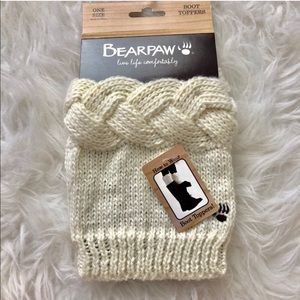 NWT Bearpaw Knit Boot toppers socks cream winter